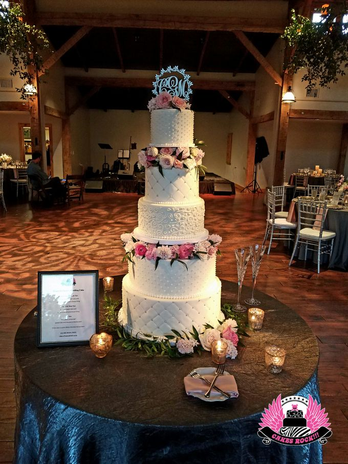 Wedding and Grooms' Cakes by Cakes ROCK!!! - 035