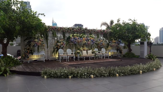 Weddings at our Rooftop Rool by Royal Kuningan Jakarta - 005