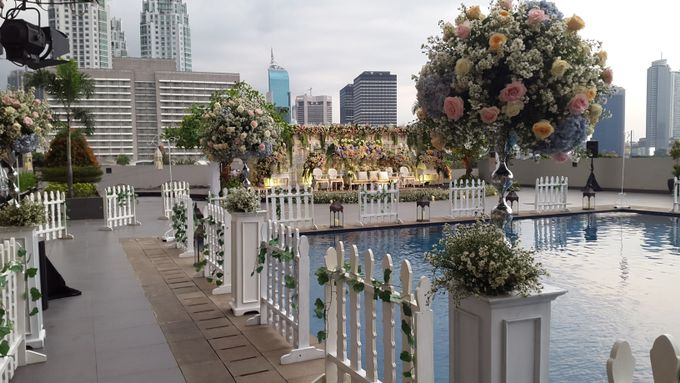 Weddings at our Rooftop Rool by Royal Kuningan Jakarta - 007