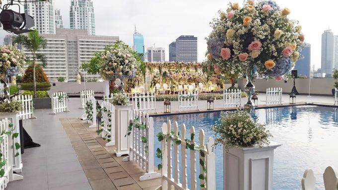 Weddings at our Rooftop Rool by Royal Kuningan Jakarta - 001