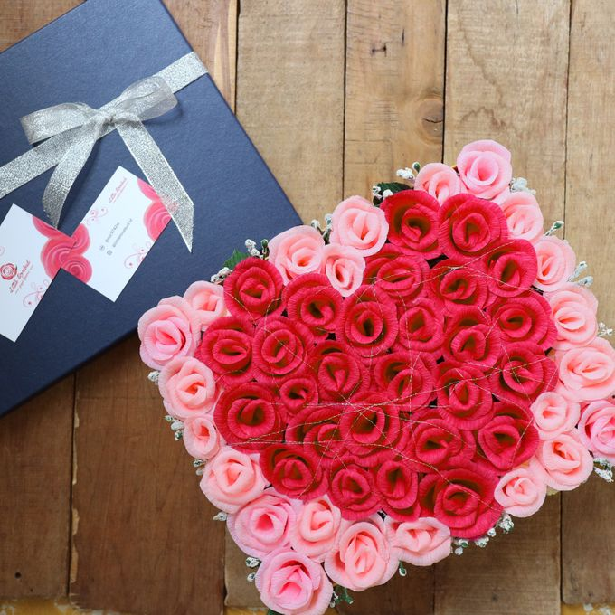 Eternal paper flowers by little rosebud bridestory add to board eternal paper flowers by little rosebud 001 mightylinksfo