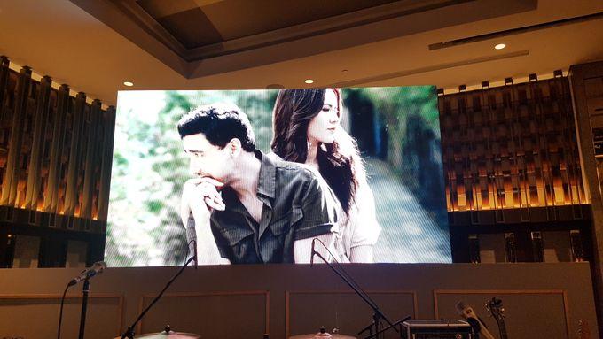 LED Screen - Raisa & Hamish Wedding by Chroma Project - 008