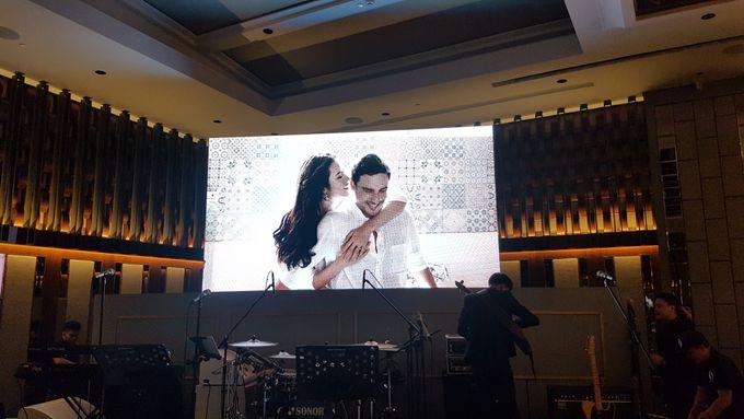 LED Screen - Raisa & Hamish Wedding by Chroma Project - 003