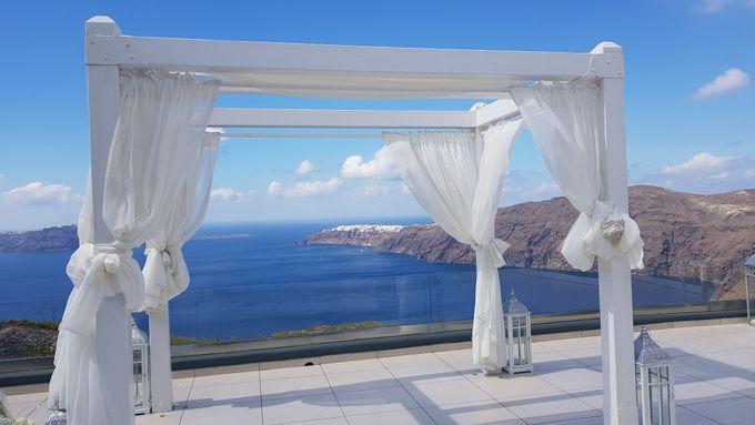 Destination Wedding in Santorini by Designer Wedding Planner - 001