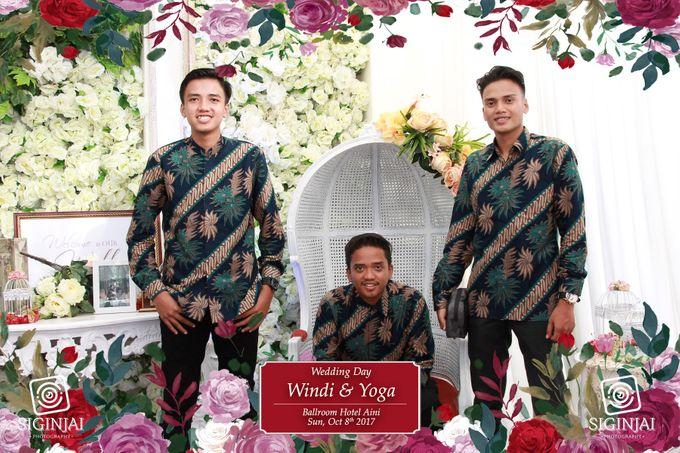 Photobooth Wedding Windi Yoga by Siginjai Photography - 005