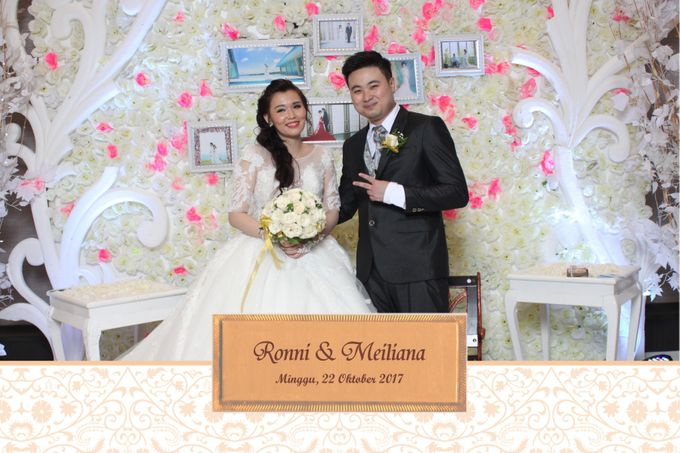 Ronni & Meiliana by Twotone Photobooth - 002