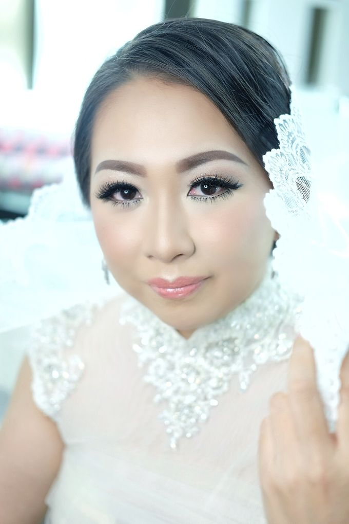 Bridal Makeup Course by Beyond Makeup Indonesia - 002