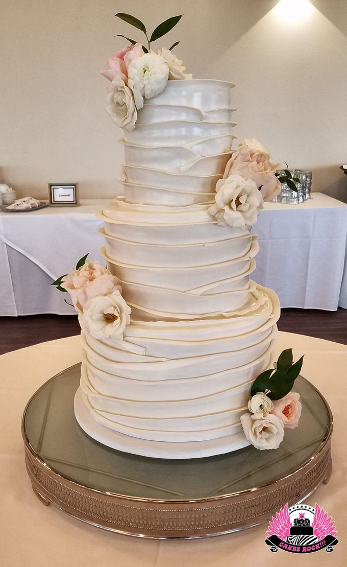 Wedding and Grooms' Cakes by Cakes ROCK!!! - 027