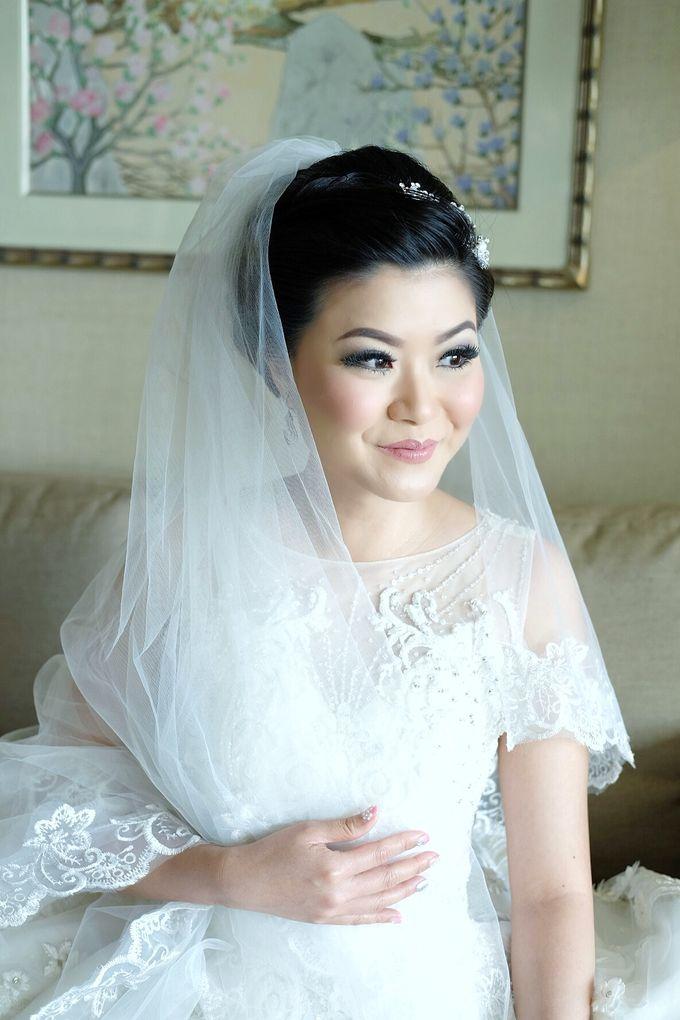 Bridal Makeup for Melinda by Beyond Makeup Indonesia - 008