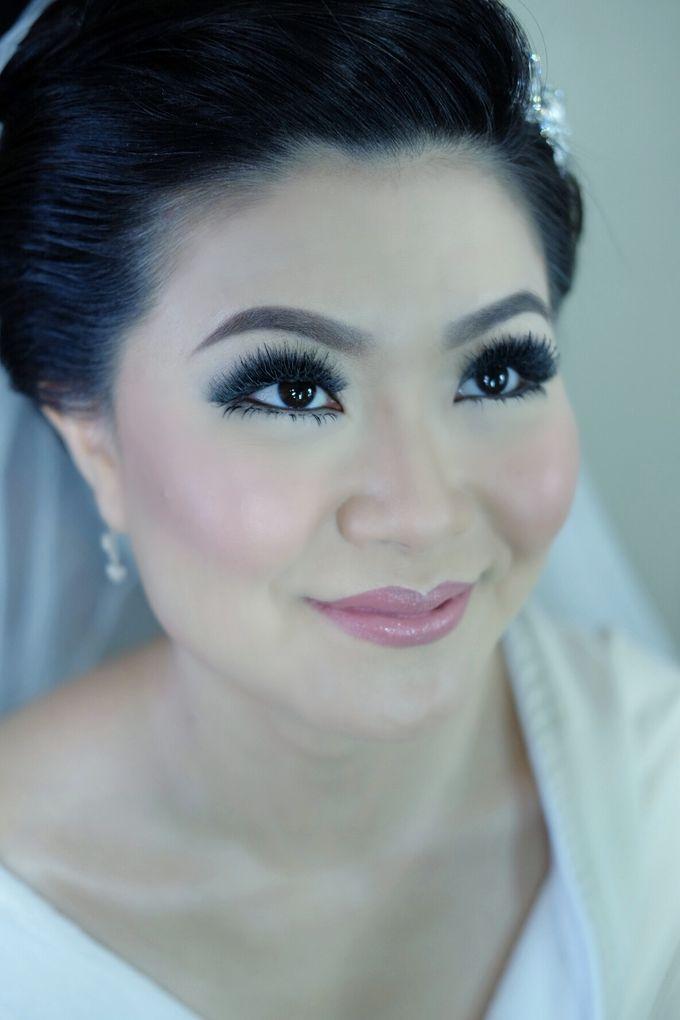 Bridal Makeup for Melinda by Beyond Makeup Indonesia - 012