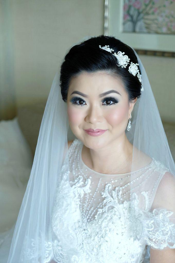 Bridal Makeup for Melinda by Beyond Makeup Indonesia - 006