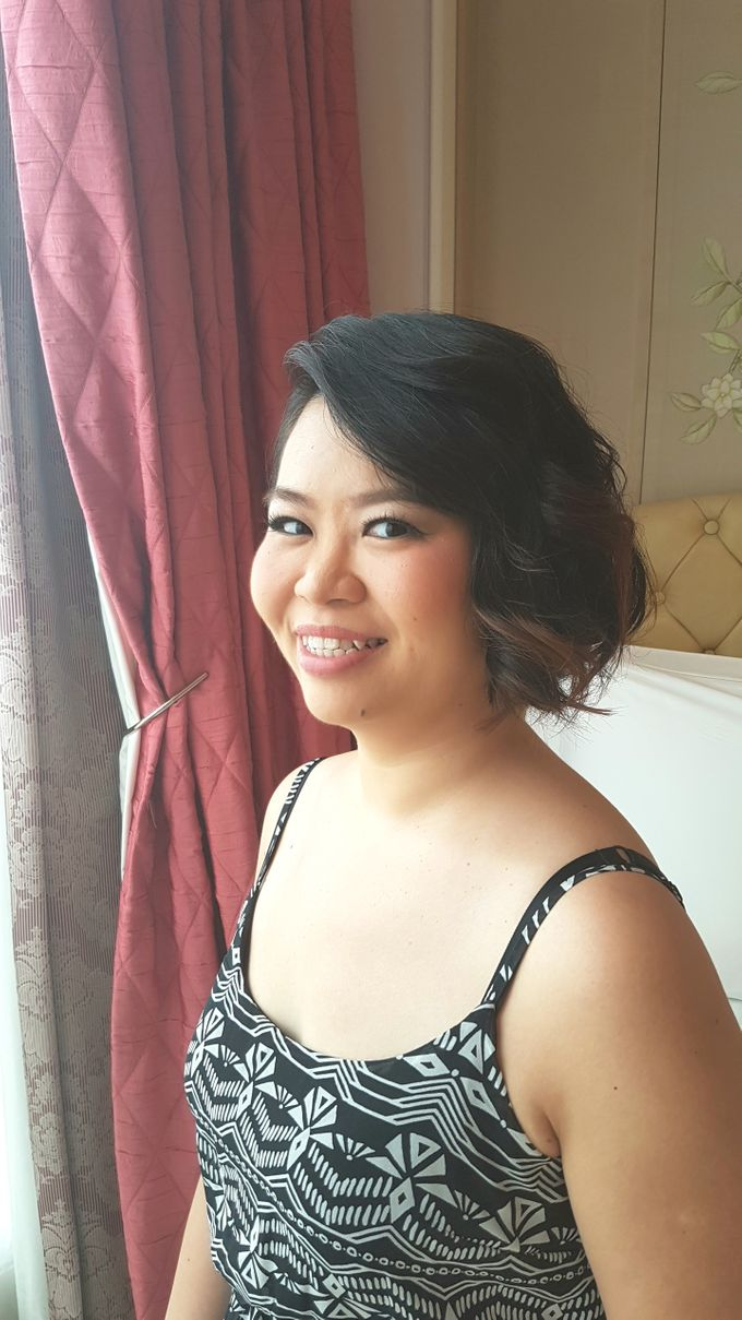 Sister's Of The Bride by Favor Make Up by Dian Mayasari - 002