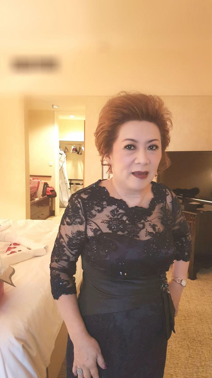 Bride's Mom by Favor Make Up by Dian Mayasari - 001