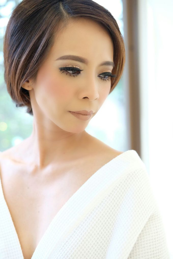 Bridal Makeup for Anneke Vera by Beyond Makeup Indonesia - 005