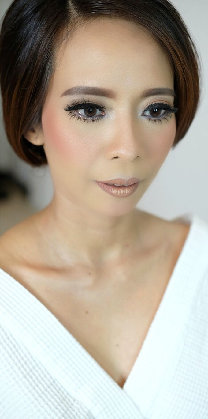Bridal Makeup for Anneke Vera by Beyond Makeup Indonesia - 001