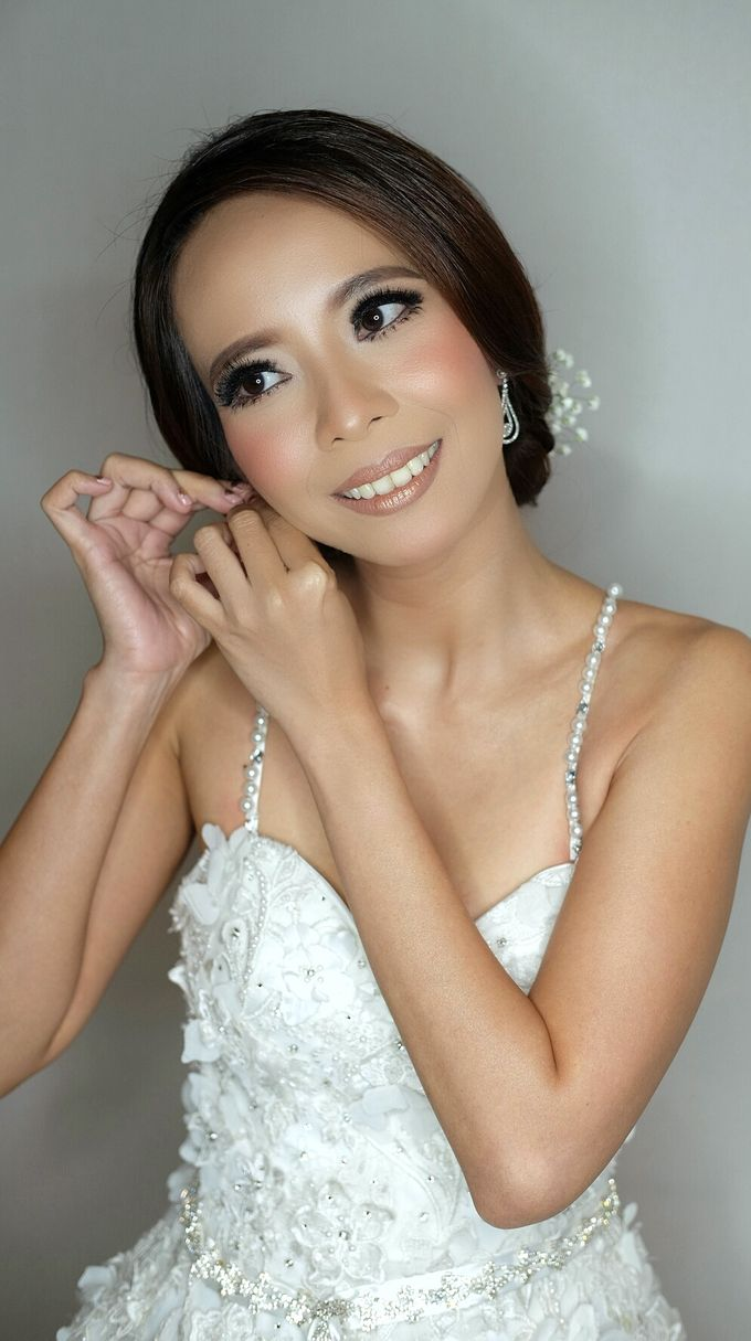 Bridal Makeup for Anneke Vera by Beyond Makeup Indonesia - 004
