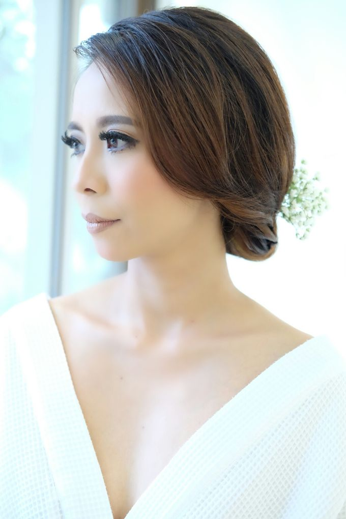 Bridal Makeup for Anneke Vera by Beyond Makeup Indonesia - 006