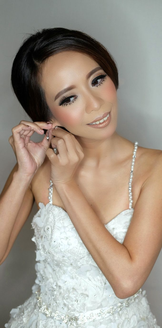 Bridal Makeup for Anneke Vera by Beyond Makeup Indonesia - 002