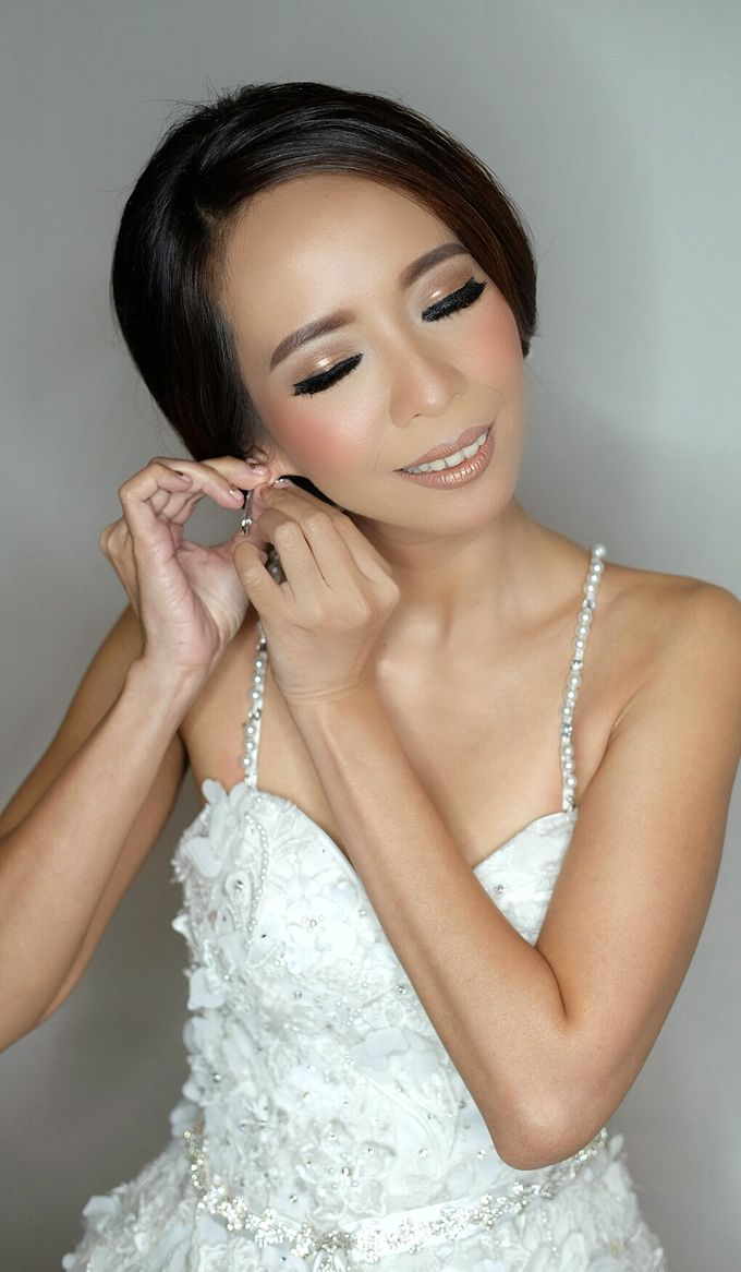 Bridal Makeup for Anneke Vera by Beyond Makeup Indonesia - 008