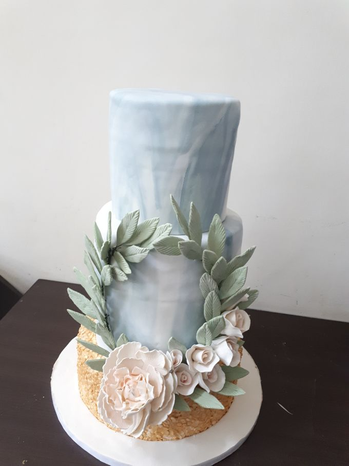 In Gold N Marble by Sugaria cake - 003