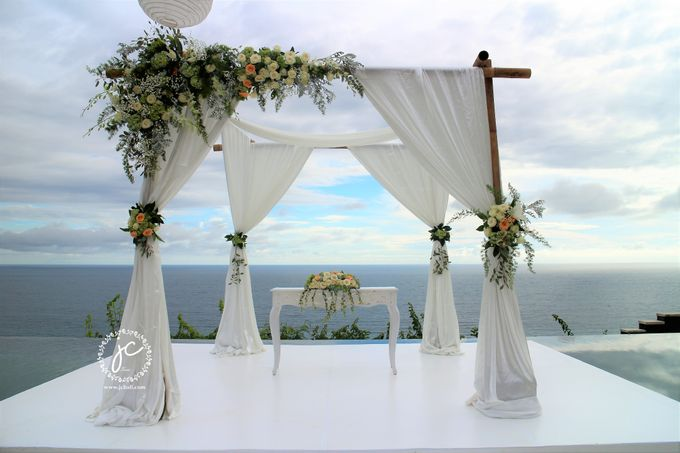 Water Wedding Decoration by Jc Florist Bali - 003