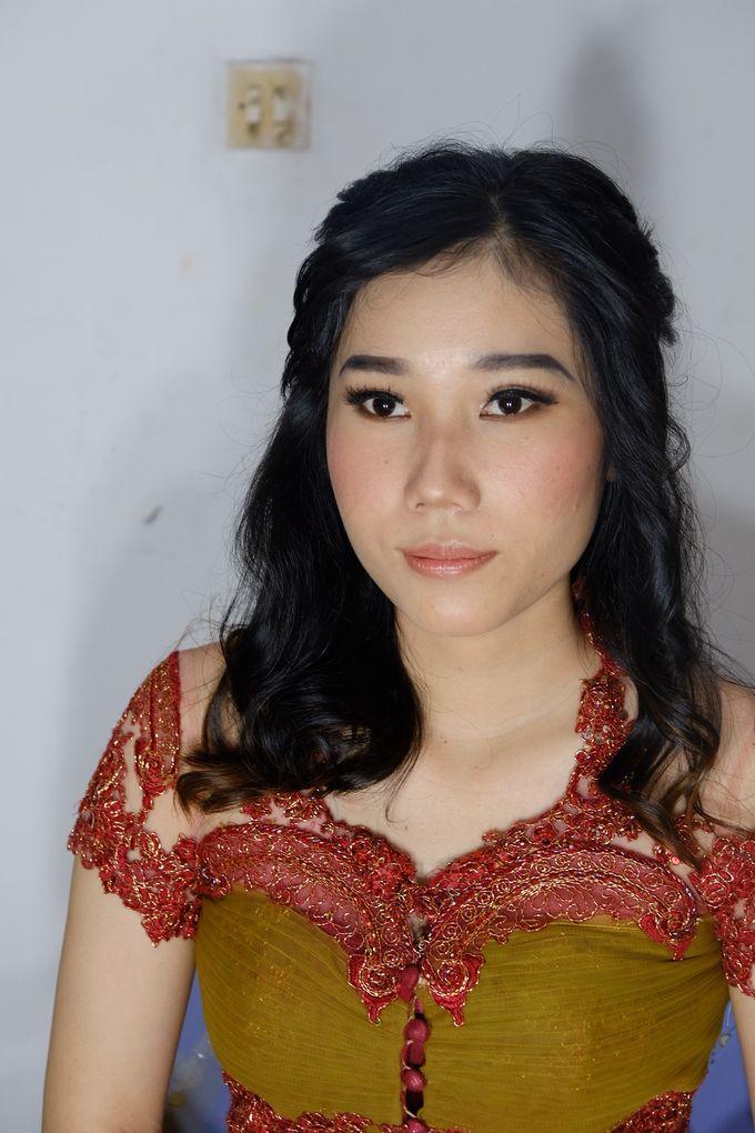 Graduation Ms.Fenecia by Nathalia Tjan Makeup - 008