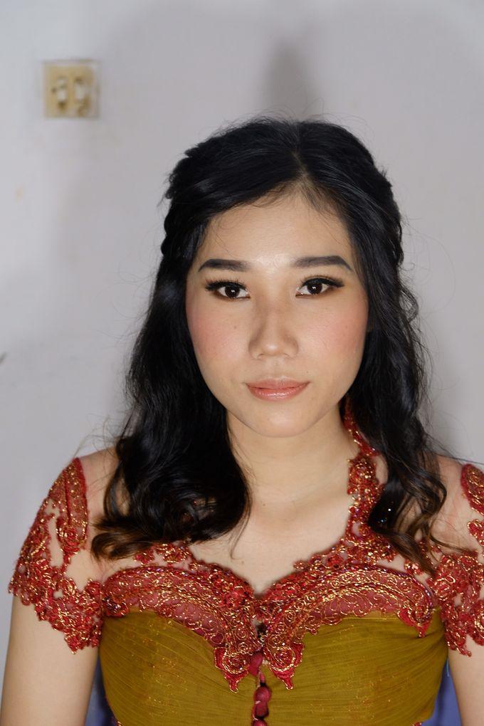 Graduation Ms.Fenecia by Nathalia Tjan Makeup - 006