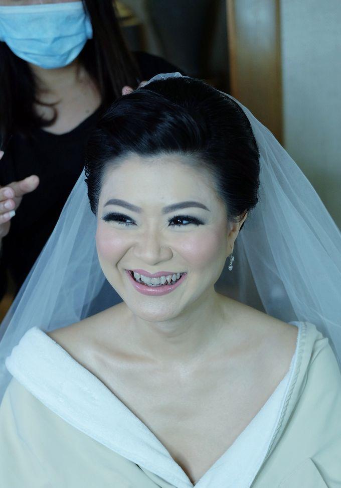 Bridal Makeup for Melinda by Beyond Makeup Indonesia - 001