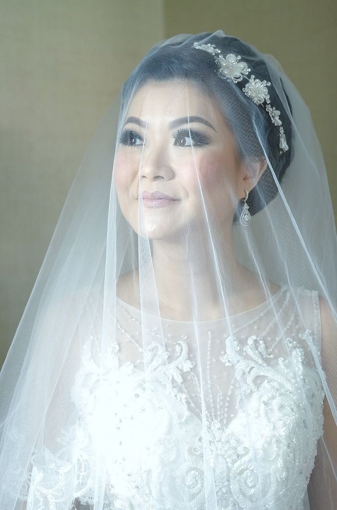 Bridal Makeup for Melinda by Beyond Makeup Indonesia - 009