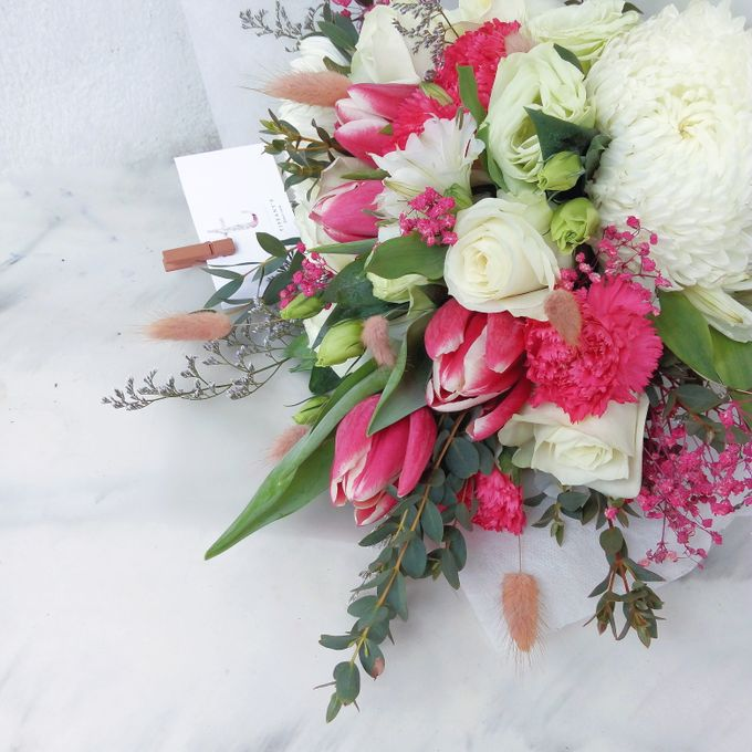 Gift Bouquet by Tiffany's Flower Room - 028