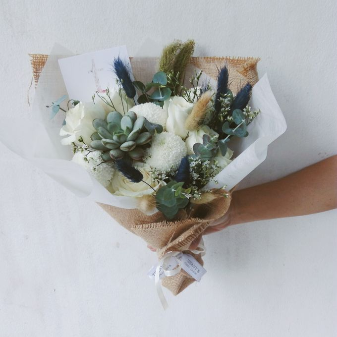 Gift Bouquet by Tiffany's Flower Room - 042