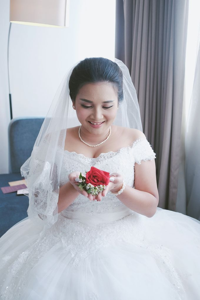The Wedding of Ms. Devina by Tiffany's Flower Room - 003