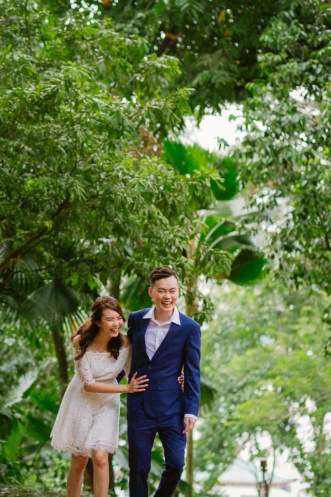 Engagement Photoshoot - Wee Chong & Erin by Alan Ng Photography - 004