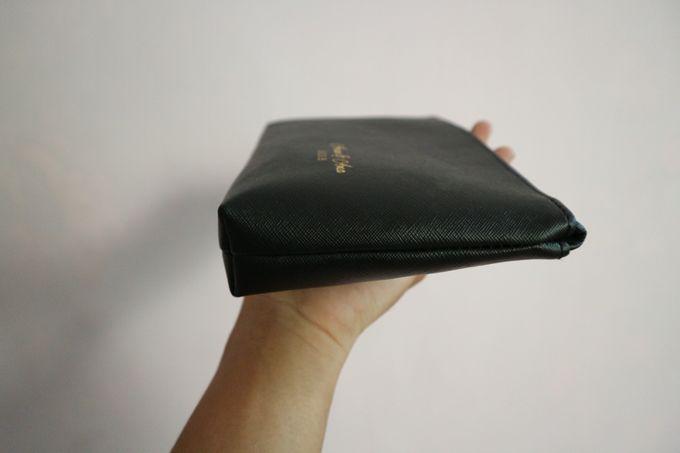 Leather Pouch Zipper by Mewah Souvenir - 005