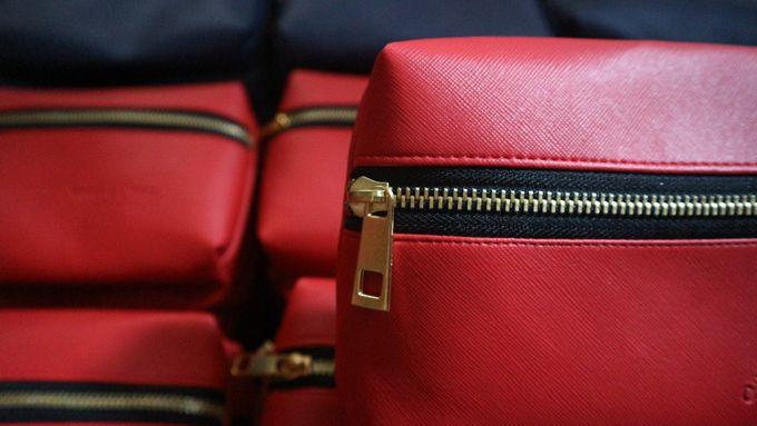 Souvenir Pouch Handbag by Mewah Souvenir - 001