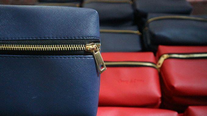 Souvenir Pouch Handbag by Mewah Souvenir - 005