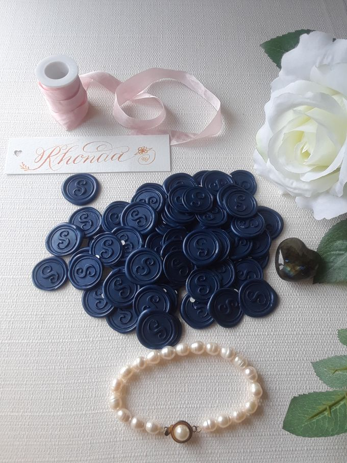 Wax Seals, Calligraphy, Place cards, European Bead by Manuscribe Calligraphy - 011