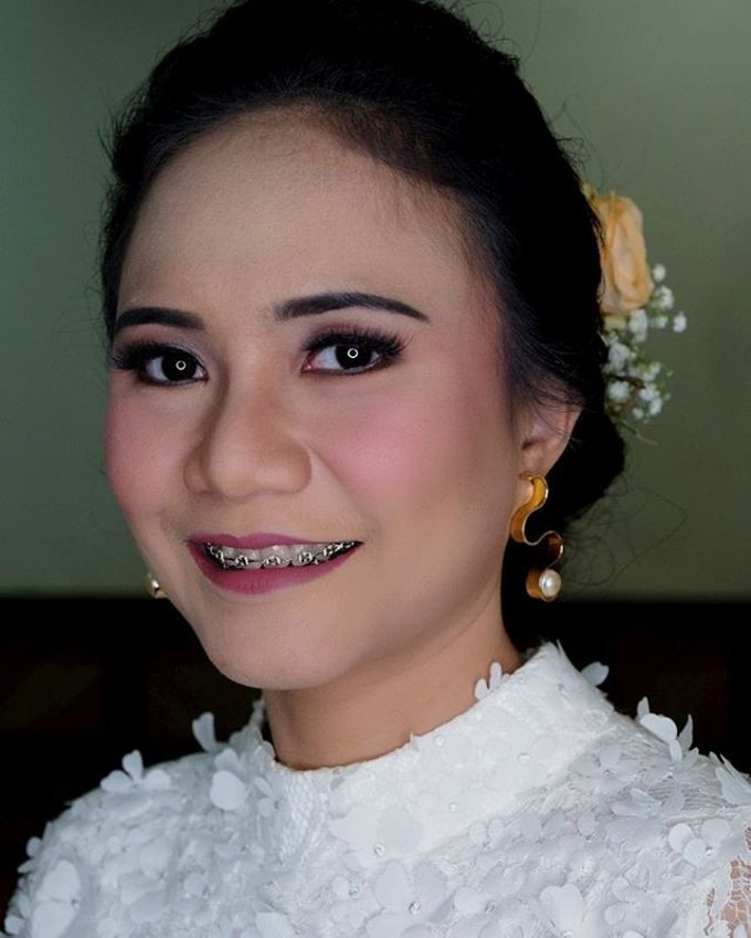 Garden Wedding - Windy by Arini Makeup Artist - 004