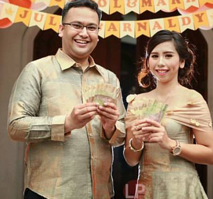 Engagement Of Julia & Arnaldy by Seyvia Charis - 001