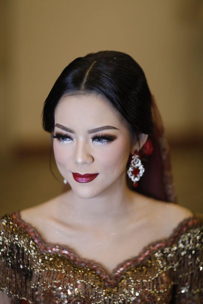 Riri & Dimas Wedding by SVARNA by IKAT Indonesia Didiet Maulana - 015