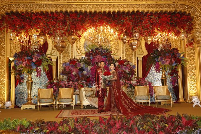 Riri & Dimas Wedding by SVARNA by IKAT Indonesia Didiet Maulana - 001