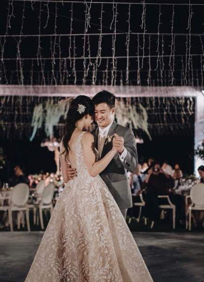 John & Karyn wedding by Vivi Valencia - 005