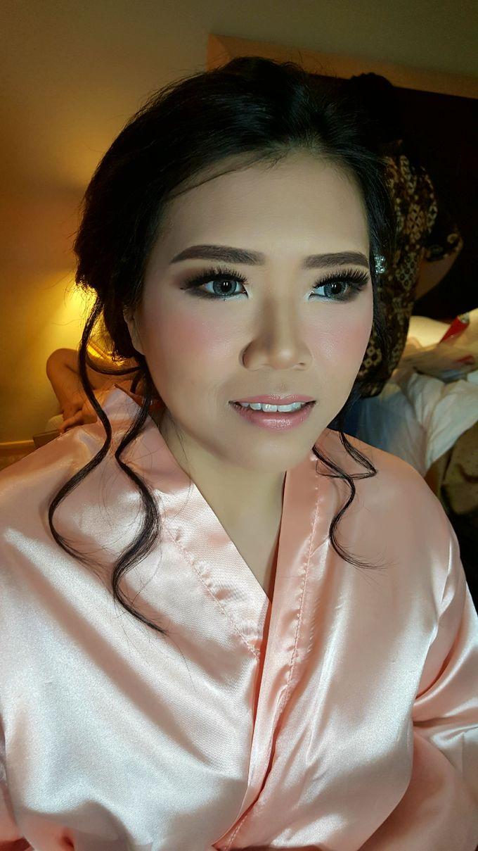 Make Up Bridesmaid by Flo Make Up Artist - 001