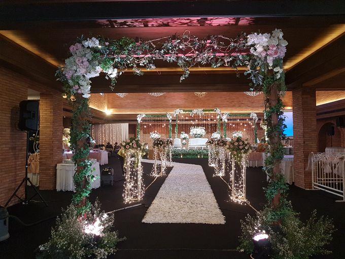 RENALDI & STEVANI WEDDING by United Grand Hall - 011