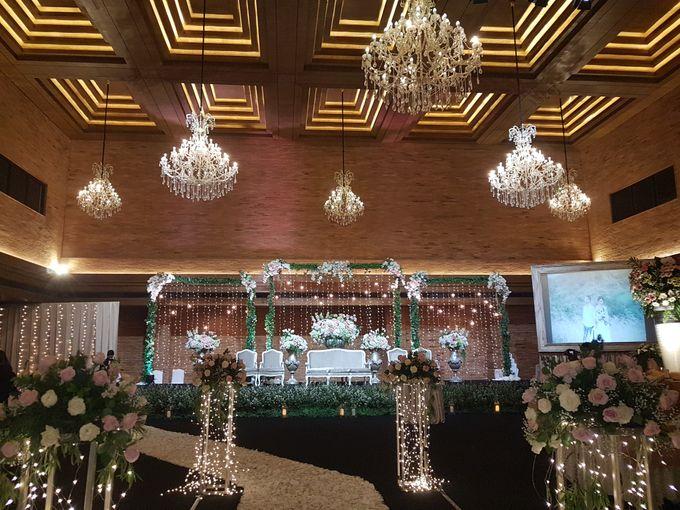 RENALDI & STEVANI WEDDING by United Grand Hall - 025