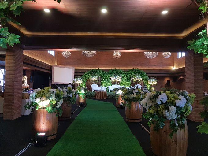 FELIX & LESLIE WEDDING by United Grand Hall - 010