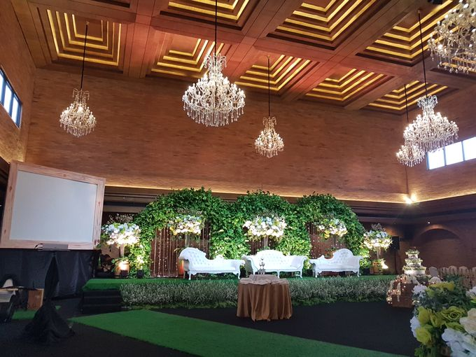 FELIX & LESLIE WEDDING by United Grand Hall - 015