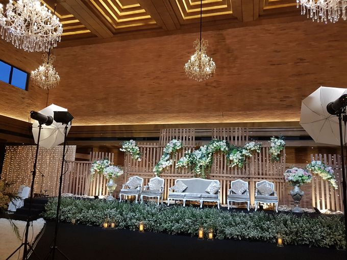 DIMAS & PUTRI WEDDING by United Grand Hall - 003