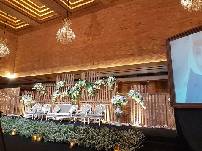 DIMAS & PUTRI WEDDING by United Grand Hall - 004
