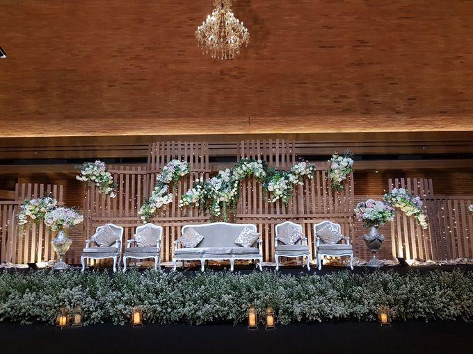 DIMAS & PUTRI WEDDING by United Grand Hall - 005